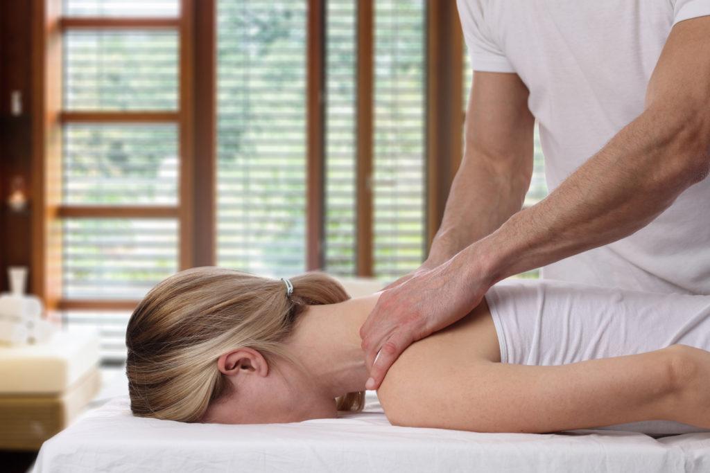 Nackenbeschwerden Massage München